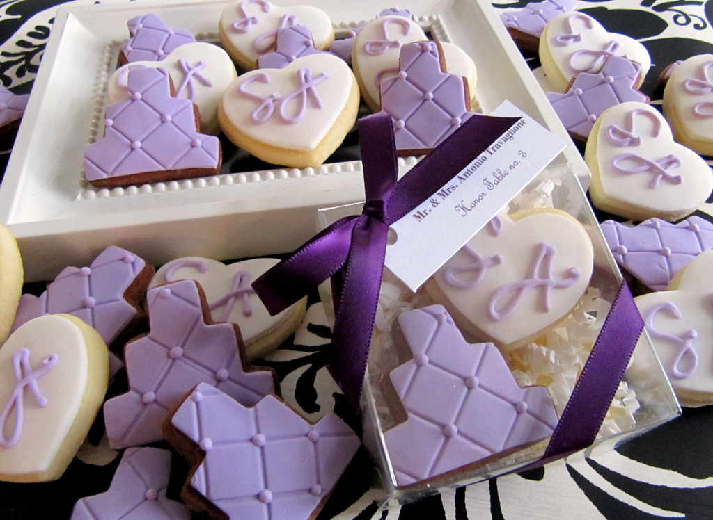 Custom Wedding Favors & Bridal Shower Favors from L&V Sweets